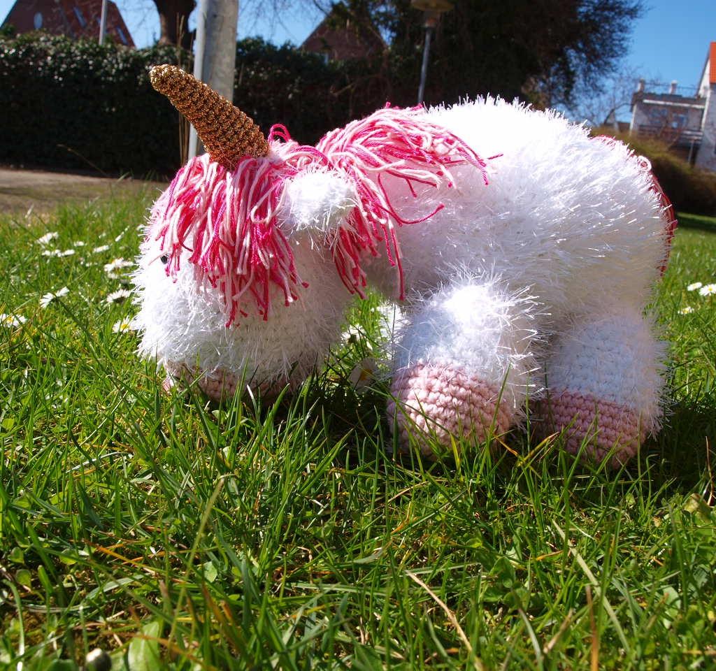 Fluffy Unicorn 4