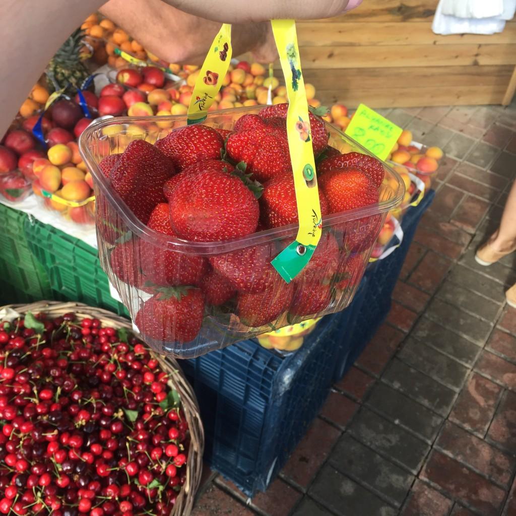 Den lokale grønthandel holder en en fantastisk farvepalet